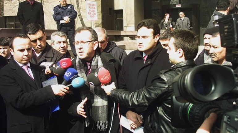 Eski Genelkurmay Başkanı'na suç duyurusu (2012-01-03)